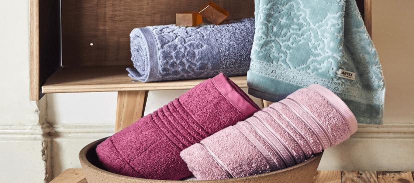 4 motivos para apostar em uma toalha de banho gigante